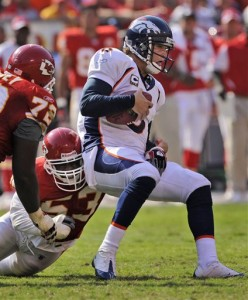 Jay Cutler Sack vs. Chiefs (AP)