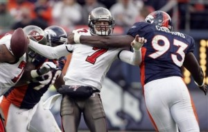 Jeff Garcia sacked by Nic Clemons