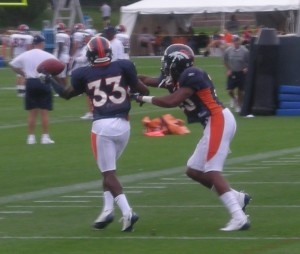 One-handed, left-handed catches by a rookie corner?  Check.  (BroncoTalk/Kyle Montgomery)