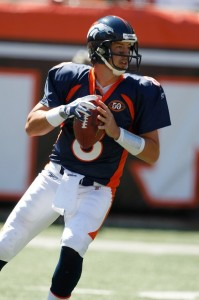 CINCINNATI, OH - SEPTEMBER 13: Quarterback Kyle Orton #8 of the Denver Broncos drops back to pass the football against the Cincinnati Bengals at Paul Brown Stadium on September 13, 2009 in Cincinnati, Ohio. (Photo by Scott Boehm/Getty Images)