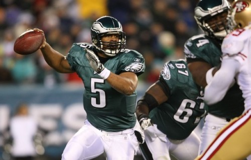 Donovan McNabb #5 of the Philadelphia Eagles drops back to pass against the San Francisco 49ers at Lincoln Financial Field on December 20, 2009 in Philadelphia, Pennsylvania.  (Nick Laham/Getty Images)