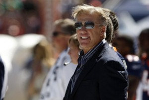 John Elway waits on the sidelines before the Broncos play the Seattle Seahawks. (REUTERS/Rick Wilking)