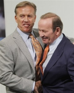 John Elway and Pat Bowlen gather for a photo during and NFL news conference. (AP Photo/ Ed Andrieski)