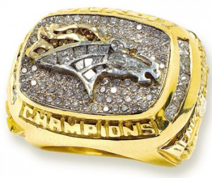 Denver_Broncos_Super_Bowl_XXXII_Ring