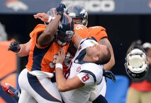 Joe Mays delivers what was deemed to be a helmet-to-helmet hit on Matt Schaub (Photo: AP).